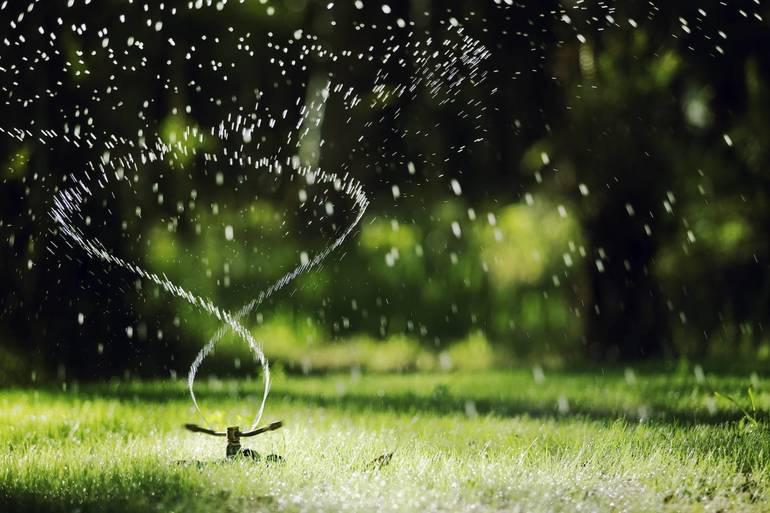 Best crop 2a66fec3c21481472f71 sprinkler