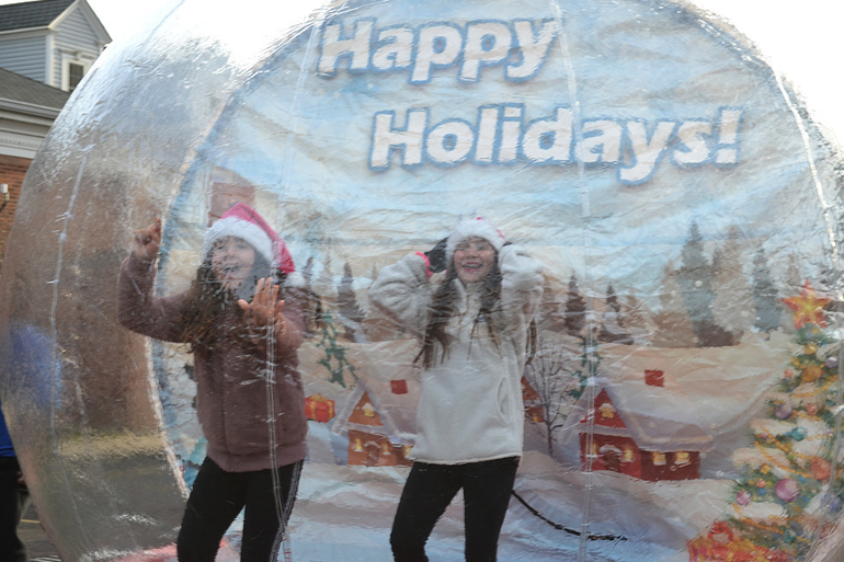 SPX17 - Girls in Snow Globe in Scotch Plains.png