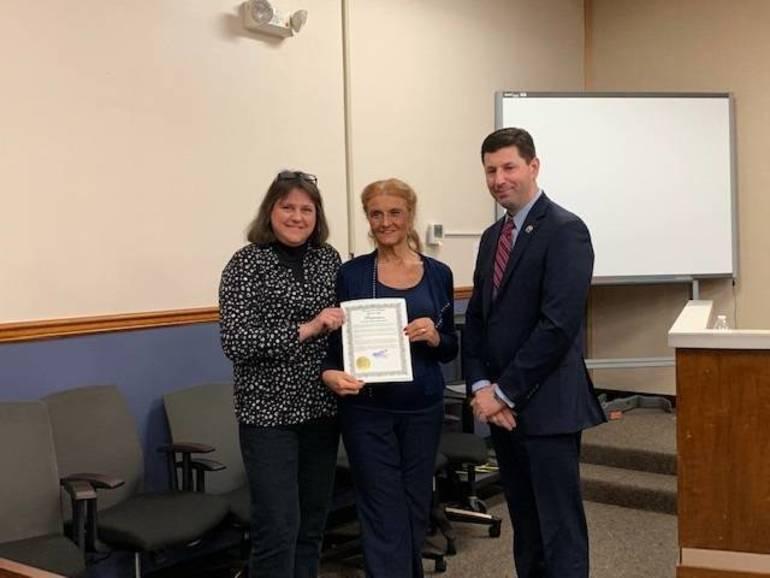 Stephanie Wolak, Cheryl Nagel - Smiley with Mayor Anesh
