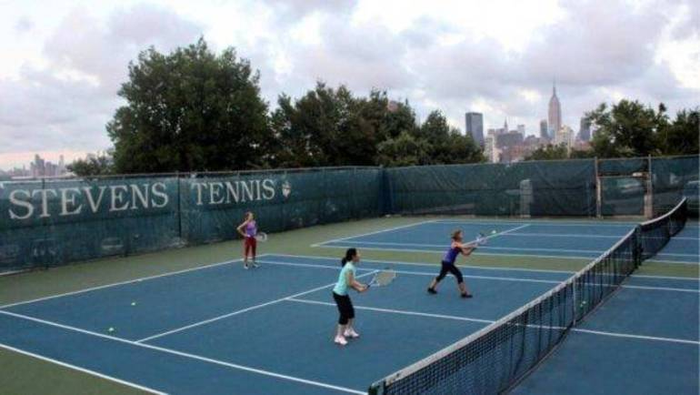 Stevens Opens Tennis Courts to Vaccinated Hoboken Residents