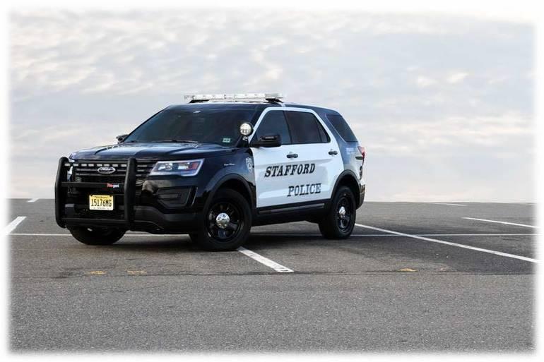 Best crop 4f7ff760f787a2110ee6 stafford police car