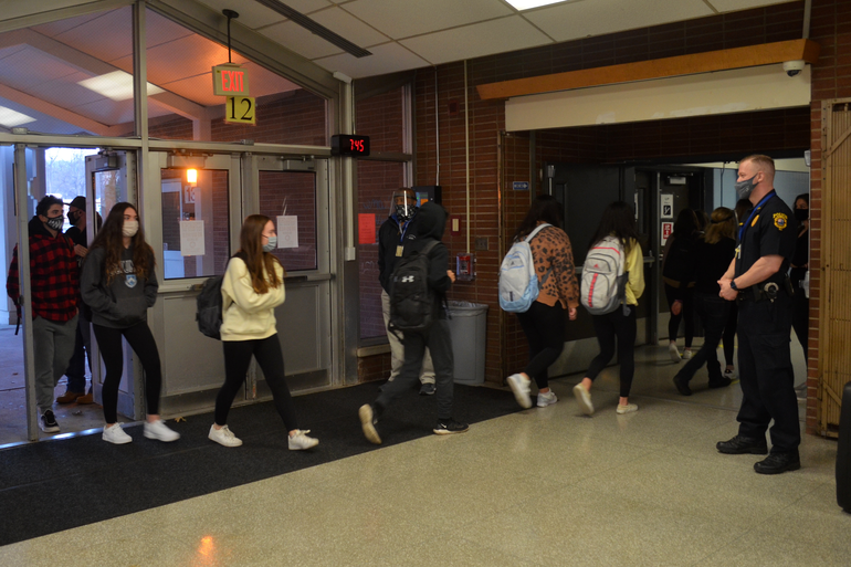 students entering building.png