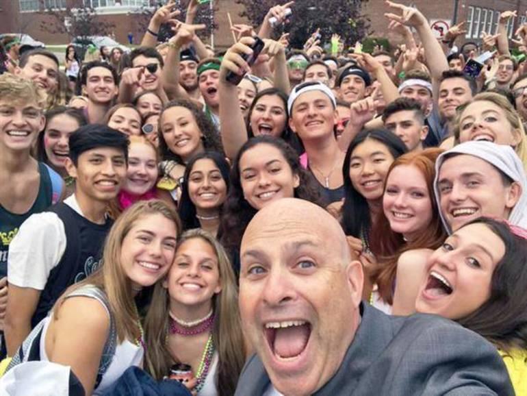 stern selfie 2019.jpg