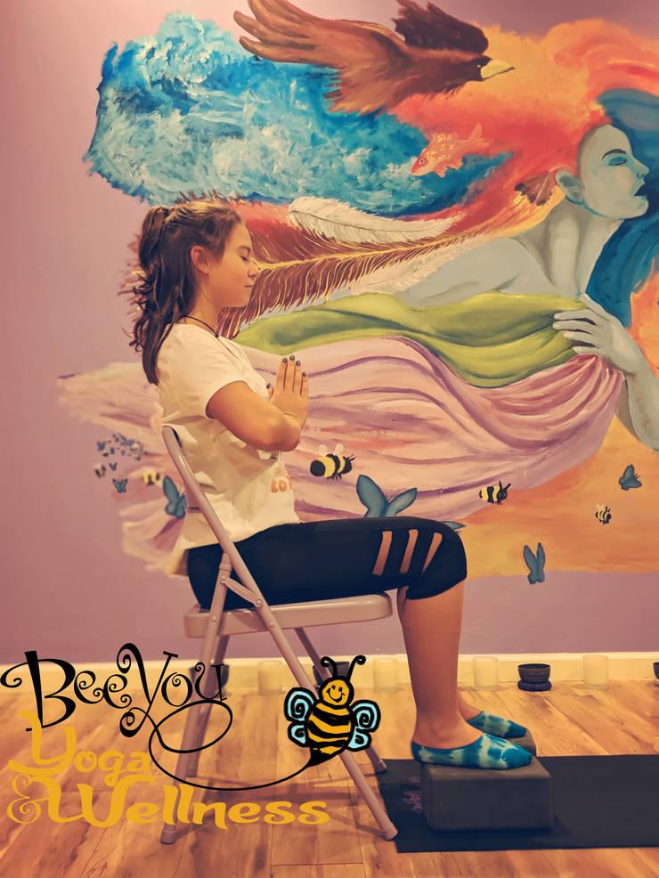 studio-chair-beeyou.jpg