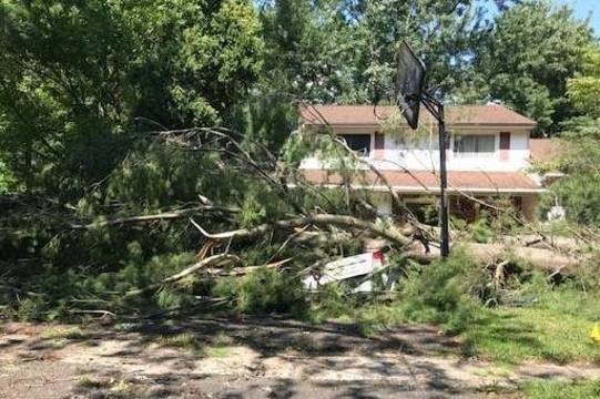 Top story a92f5e51b49d7f002761 storm damage 1
