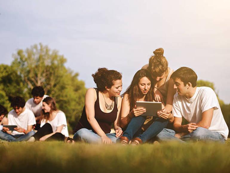 summer-students-3.jpg