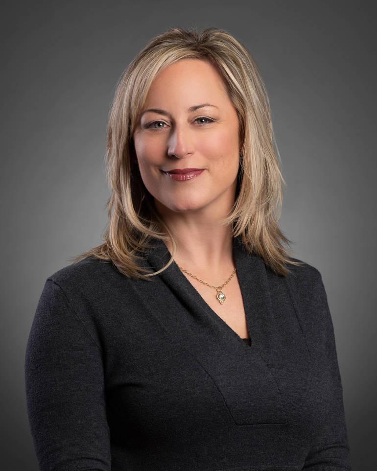 Susan DiGiacomo headshot1.jpg