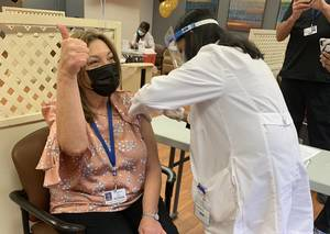 Daughters of Israel Residents and Staff Get Vaccinations