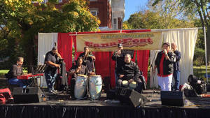 Carousel image a346c82faa4ee3c092bd swing sabroso at canalfest 2016