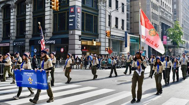 Top story 6ef092e4c08d6574b5f3 t19   nyc veterans day parade 2019
