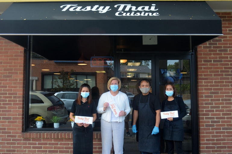 Fanwood Mayor Colleen Mahr visits Tasty Thai on its opening day.