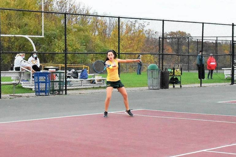 Tennis 10272020.Emily Egan.JPG