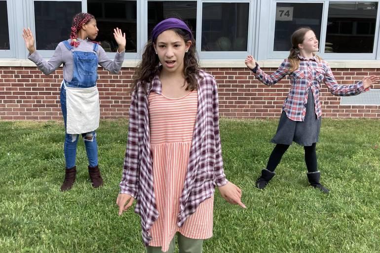 Grant School Drama Club to Virtually Present 'Annie Jr.' May 21 Through May 23
