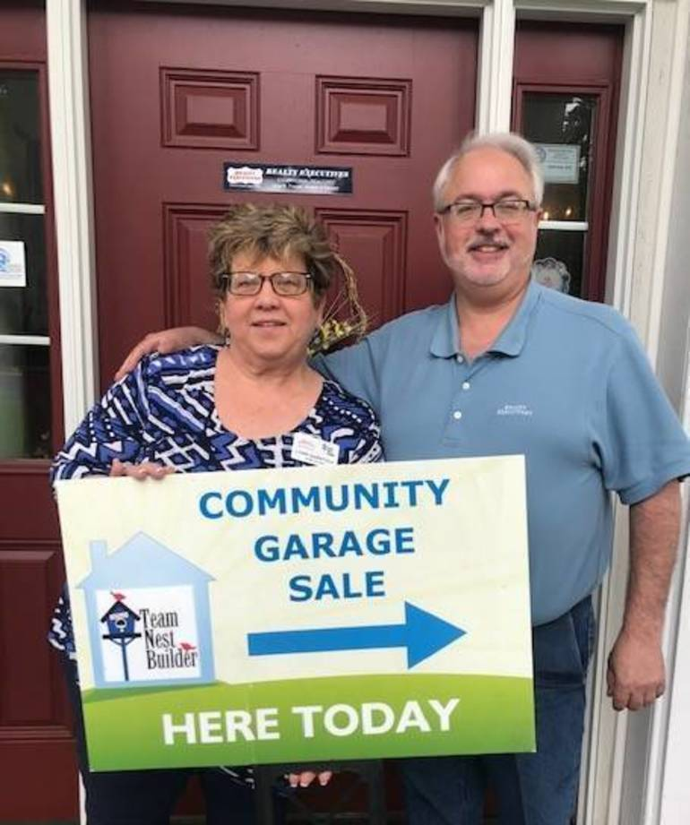 Team Nest Builder's Lynn and Glenn Garafola Ready For Sparta Mountain Community Garage Sale.jpg