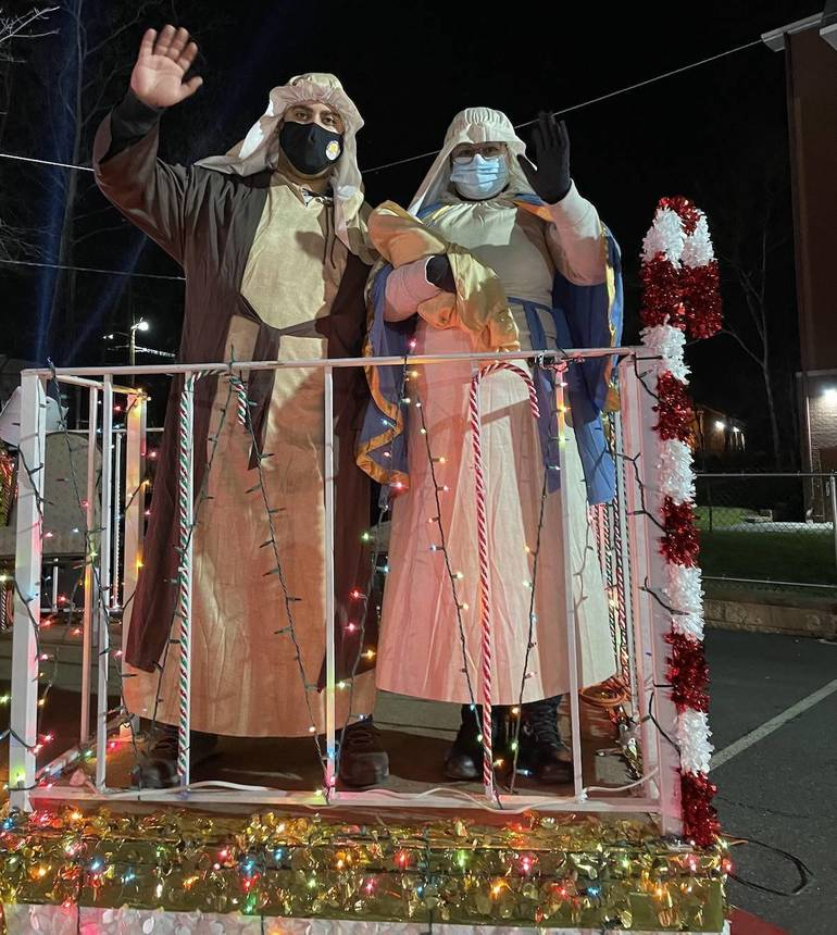 Hundreds of Belleville Residents Turn Out for Three Kings Day Celebration