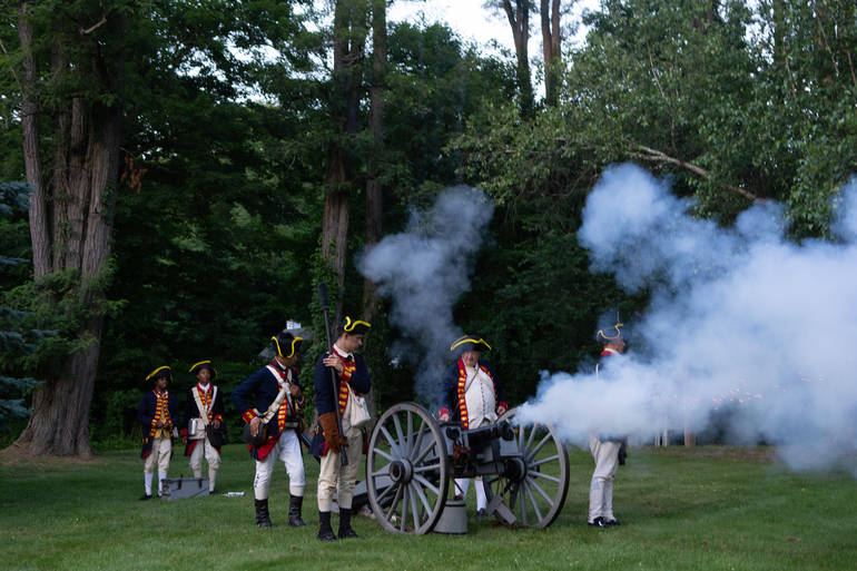 4th July cannon