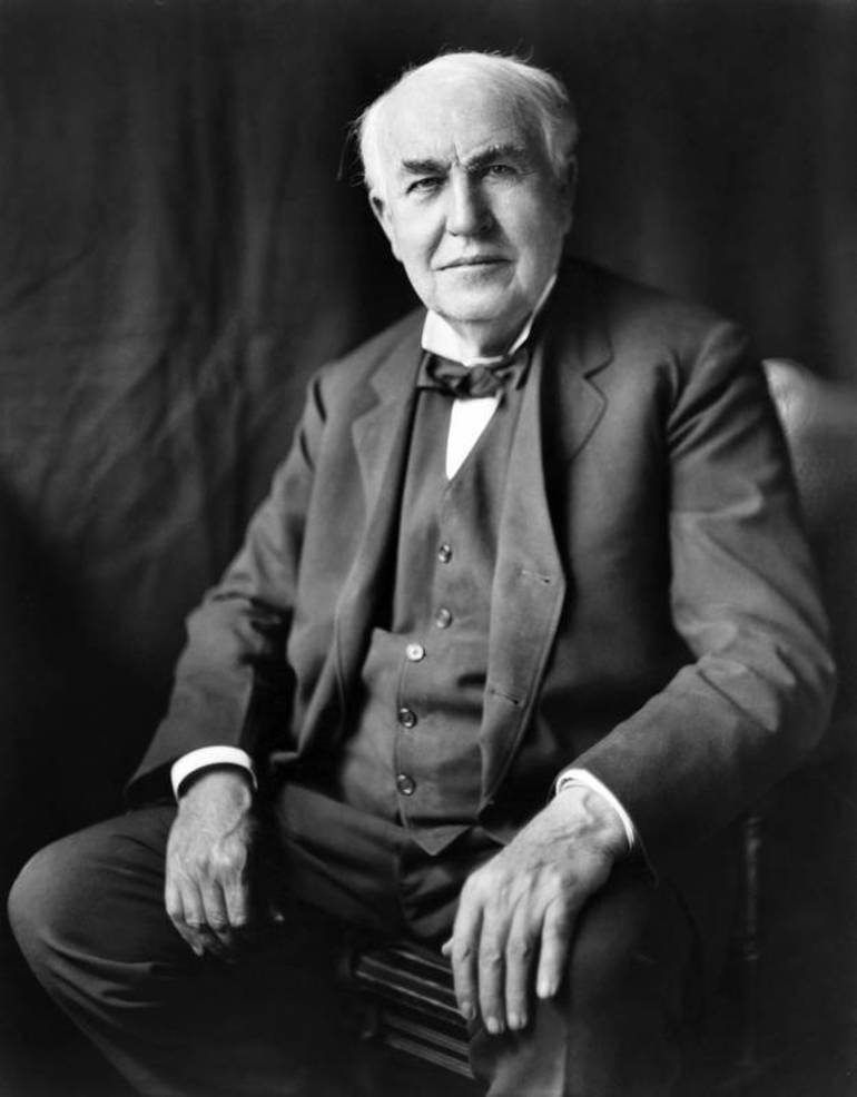 Thomas Edison portrait - Public Domain via www.goodfreephotos.com