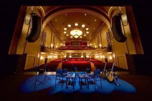 Carousel image b6beb2265baa4c7e2f93 theatre