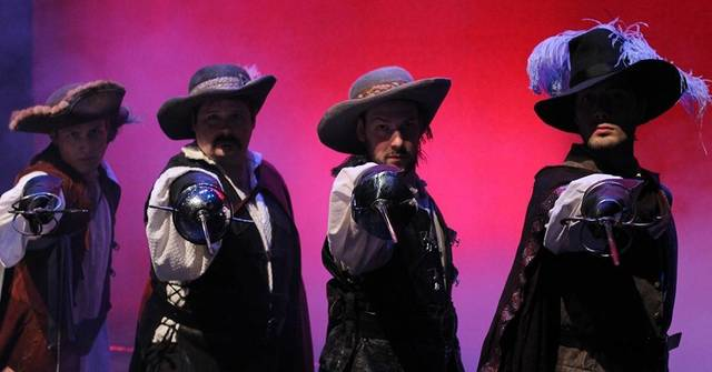Top story 401498a8d513e91b3c13 three musketeers