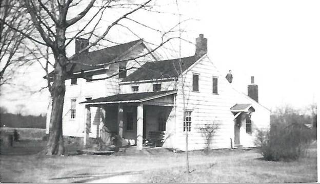 Top story 54a11ed8176025ec9196 the pearce homestead on horseneck road    22  .  the collerd family moved here in 1896.