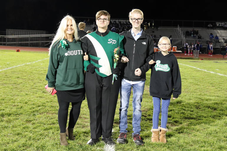 Senior Night Recognizes Seniors of the Football Team, Cheerleading Squad and Marching Band