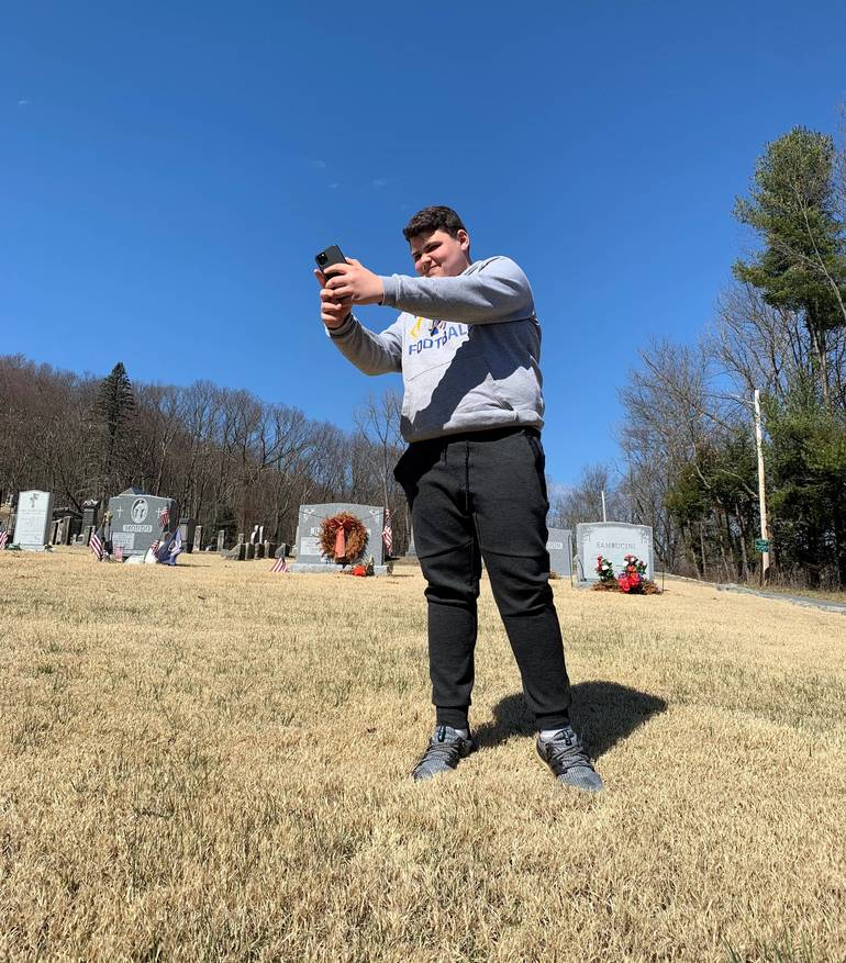 Tommy Jacobellis snaps at selfie of a tombstone!.jpg