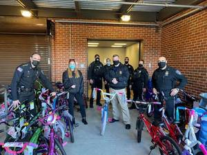 Marine Toys for Tots Donates Two Truckloads of Bikes to Sheriff's Toy Drive