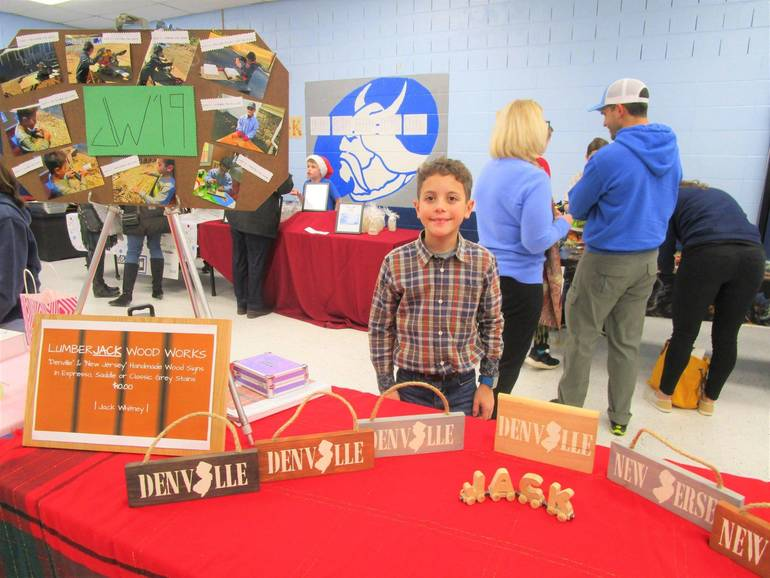 Valleyview Students Become Entrepreneurs during TREP$ Marketplace