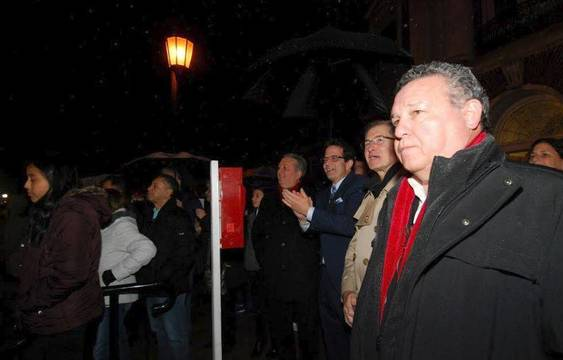 Top story 1833f55f0ce2760e1f5f tree lighting nutley 2018 e