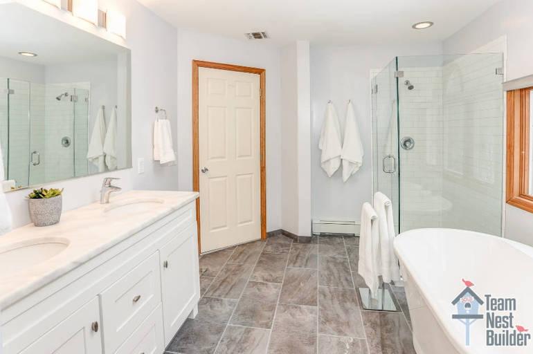 TS WM Master Bathroom 6 Arielle.jpg