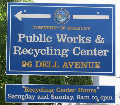 Top_story_94edcdb85a6a54a24755_two._of_roxbury_dpw___recycling_center_sign