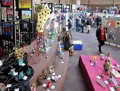Top story 365d0c66153f720f9453 uc teen arts festival