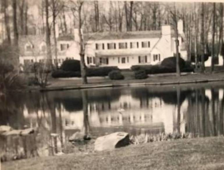 Residents Rallying to Save 20,000-Year-Old 'Lucille Ball' Pond