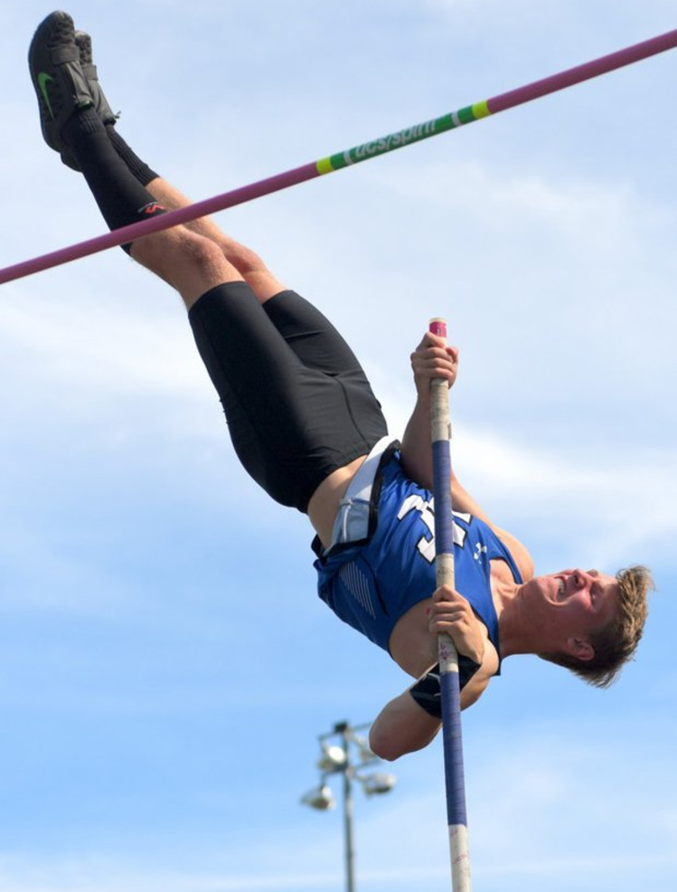 Union Catholic pole vaulter Conor Reilly 2020 .png