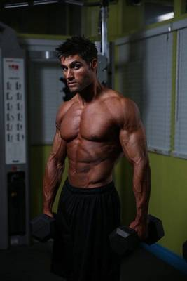 Kenilworth Native Competes for Mr. Health and Fitness