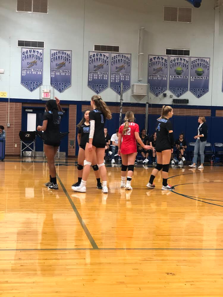 Scotch Plains-Fanwood volleyball advances to the next round of the Union County Tournament.
