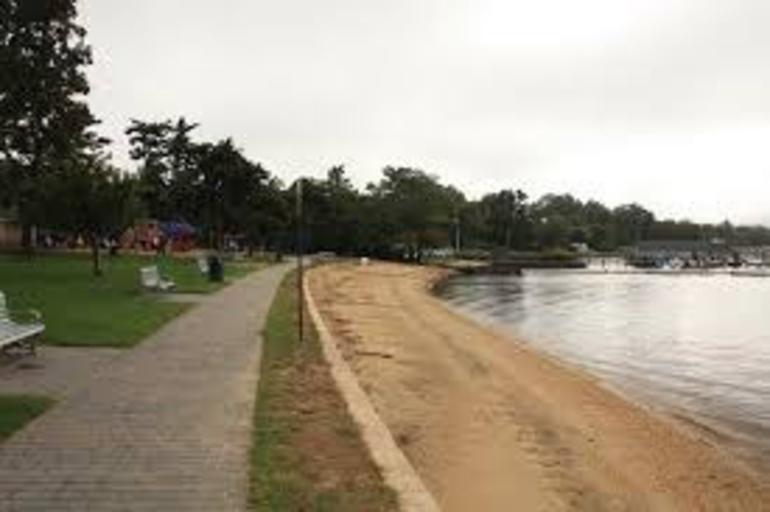 Victory Park, Rumson, NJ  glenn.zenfolio.com..png