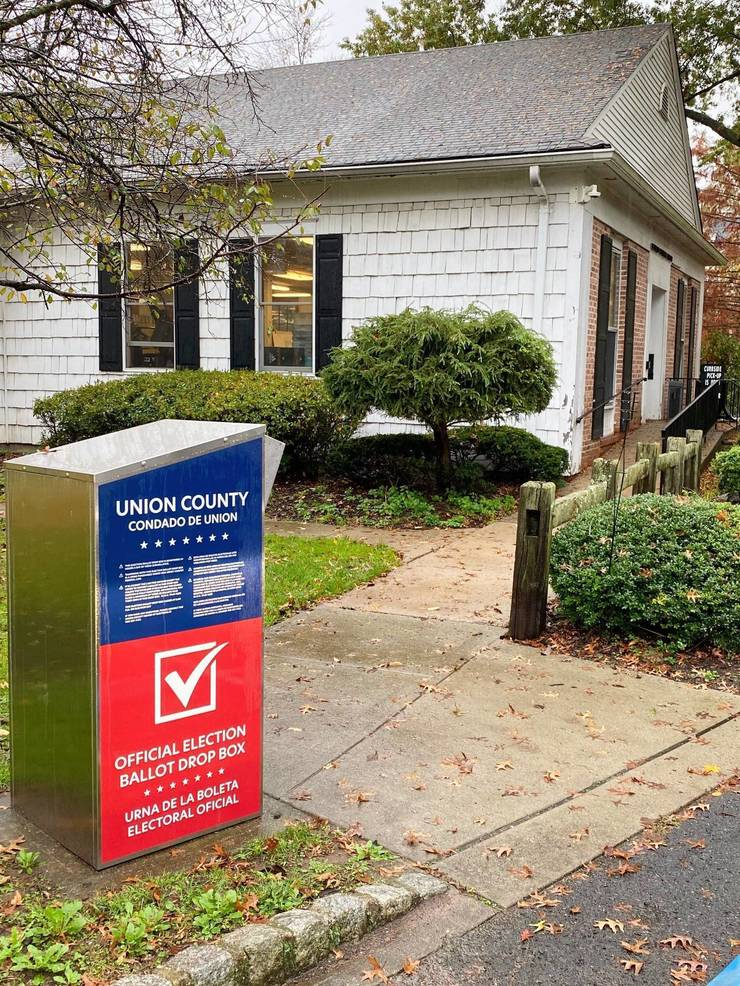 Voting box outside the Fanwood Library.jpg