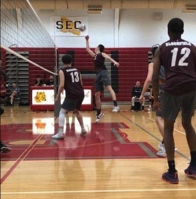 Volleyball May 11 d.JPG