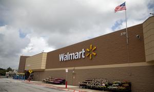 Walmart Rolling Back On Plastic Bags