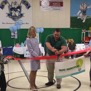 Top story 5d11273feebc11532865 wetrep  ribbon cut