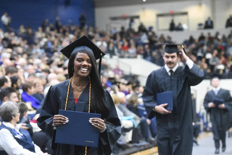 Winter_Graduation_2019.jpg