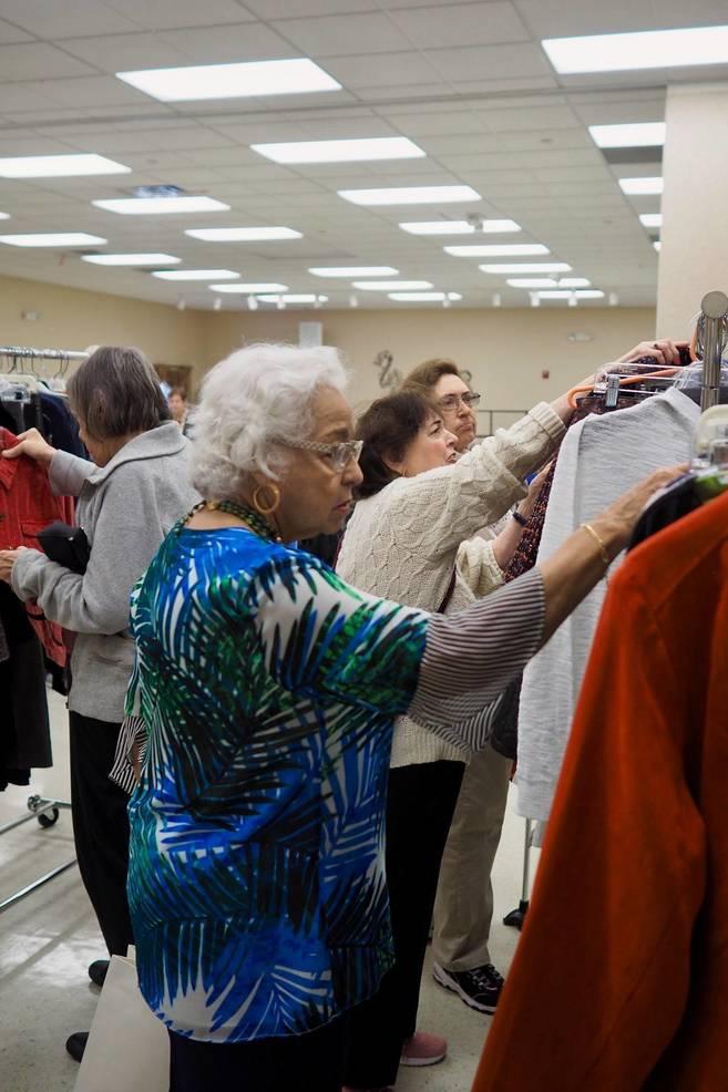 women shopping racks (1).jpg