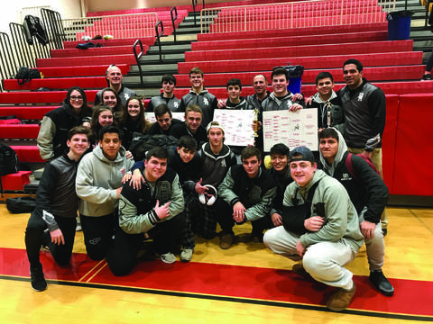 Top story 2debe4a686aac074a69a wrestling team
