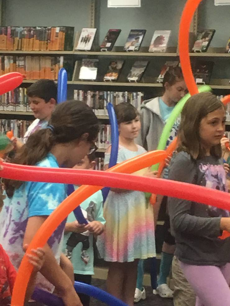 Zoom Balloons Dances Into Spotswood Public Library