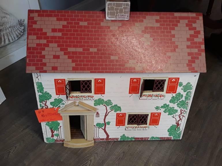 Keystone dolls house