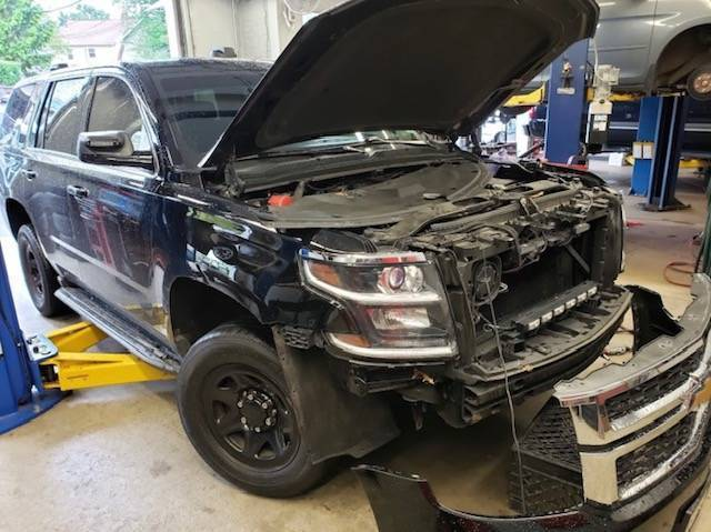 Dee's JFK Service Seeking Skilled Auto Mechanic