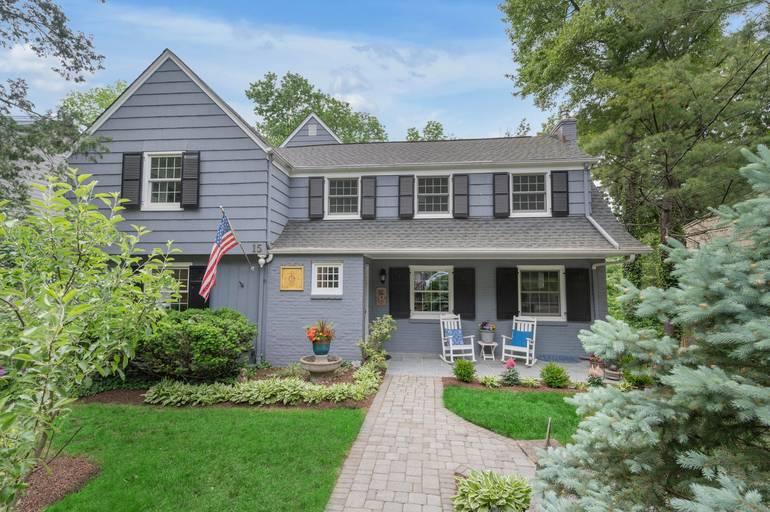 15 Elm Place, Summit, NJ: $1,395,000