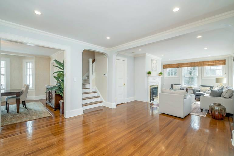 42 Oak Ridge Avenue, Summit, NJ: $1,575,000