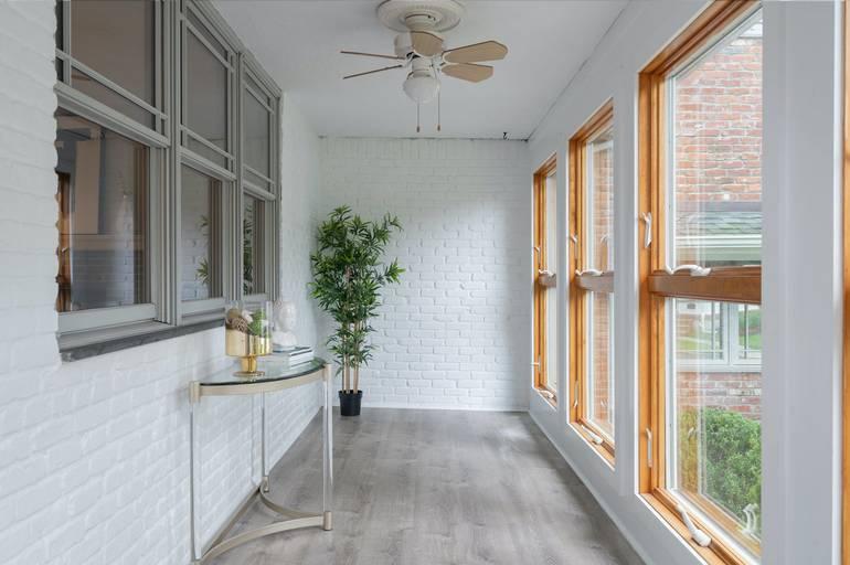 16 Dorset Lane, Summit, NJ: $1,195,000